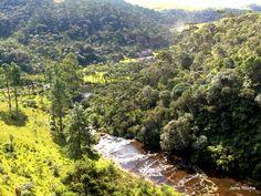 A trilha das Cachoeiras. É uma cachoeira atrás da outra, da Piscina, Véu da Noiva e do Juvenal.-Monte Negro - o ponto mais alto do Rio Grande - Ride Brasil