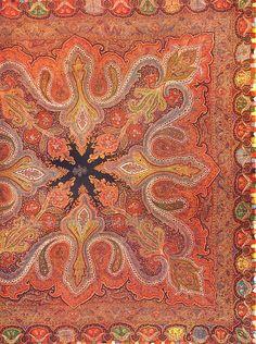Jacquard Woven Paisley Shawl