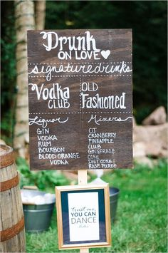 rustic wedding bar sign / http://www.himisspuff.com/rustic-wedding-signs-ideas/8/