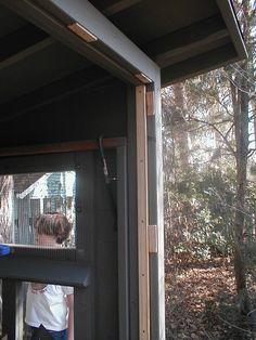 Boisemarkers coop. Tips on fitting doors.