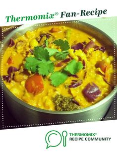 Recipe Easiest Yummy Vegetable Curry by Lola_mai, learn to make this recipe easily in your kitchen machine and discover other Thermomix recipes in Main dishes - vegetarian. Curry Recipes, Diet Recipes, Vegetarian Recipes, Cooking Recipes, Cooking Ideas, Food Dishes, Main Dishes, Vegetarian Main Course, Thermomix