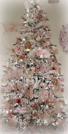 My Pink Christmas ~ Debbie Orcutt  ❤