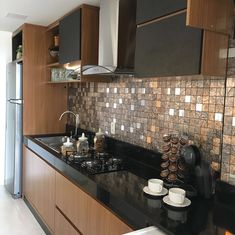 Top Kitchen Colors For Walls , Paint Color And Ideas Tips! 65 Top Kitchen Colors For Walls , Paint Color And Ideas Tips! Kitchen Room Design, Kitchen Cabinet Design, Modern Kitchen Design, Kitchen Colors, Home Decor Kitchen, Interior Design Kitchen, Kitchen Furniture, Home Kitchens, Cheap Furniture