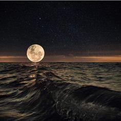 Moon & waves