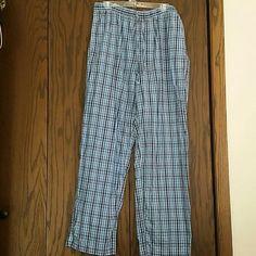 NWOT Gap lounge pants Men's Gap classic cotton pajama bottoms. Has pockets. Was washed, but never worn. GAP Pants Sweatpants & Joggers
