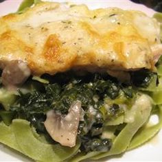 "Chicken Florentine Casserole | ""Boneless, skinless chicken breasts are topped with bacon bits and shredded mozzarella, then baked on a bed of spinach and mushrooms with a garlicky cream sauce."" mushroom, chicken florentin, florentin casserol, chicken breasts, main dish, casserol recip, pie recipes, casserole recipes, recipe chicken"