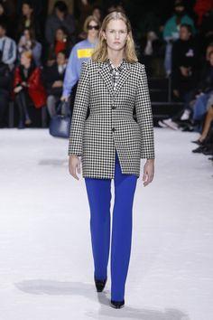 Balenciaga Fall 2018 Ready-to-Wear Collection - Vogue  MENSWEAR - COBALT BLUE