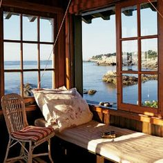 Beach Cottage window seat with an amazing view!