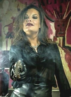 Cougar Town, Female Assassin, Bonnie Clyde, Leather Dresses, Fantasy Women, Guns And Ammo, Female Images, Weapons, Cosplay