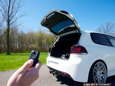 ES#2083320 - 6Y0898500C - Hatch Pop Kit - Make your hatch pop open with a simple touch of your key fob - Assembled By ECS - Volkswagen