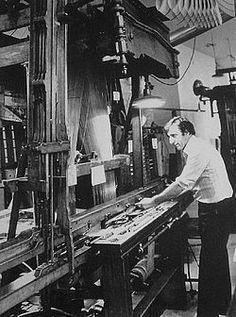 Le gareur est le mécanicien chargé de réparer les métiers à tisser.