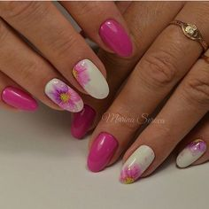 Accurate nails, Everyday nails, flower nail art, Fresh nails, Medium nails, Nails ideas 2017, Nails ideas with flowers, Oval nails