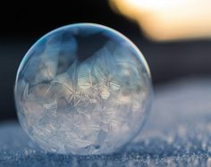 The Art of Freezing Soap Bubbles | Illusion Magazine