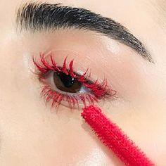 Red mascara