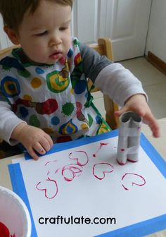 Craftulate: 7 Easy Valentines Crafts for Toddlers..Valentine's art project 2014 (Eli & Laia)