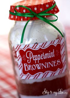 Peppermint Brownie Jar Mix with Printable Tag!