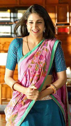17 Beautiful Pics of Lavanya Tripathi in Saree Beautiful Bollywood Actress, Beautiful Indian Actress, Indian Beauty Saree, Indian Sarees, Pink Half Sarees, Lavanya Tripathi, Half Saree Designs, Saree Navel, Desi Wear