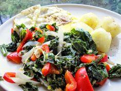 Potrawy Półgodzinne: Jarmuz duszony z cebula i papryka Fruits And Veggies, Cobb Salad, Potato Salad, Gluten Free, Potatoes, Chicken, Ethnic Recipes, Food, Eggs