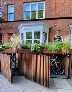 Garden Bike Storage, Outdoor Bike Storage, Bicycle Storage, Patio Storage, Bike Storage London, Garage Velo, Victorian Front Garden, Carport Modern, Landscape Design