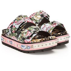 Alexander McQueen Printed and Studded Leather Sandals (4 625 PLN) ❤ liked on Polyvore featuring shoes, sandals, multicolored, studded shoes, pink leather shoes, multi colored sandals, floral print sandals and floral-print shoes