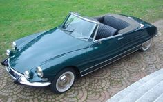 Citroen DS 21 Cabriolet by Chapron, 1966 Psa Peugeot Citroen, Citroen Car, Convertible, Cabriolet, Import Cars, Top Cars, Automotive Design, Cars And Motorcycles, Luxury Cars