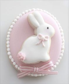 Looking for the Best Easter Cookies Ideas? Here are the best Easter Sugar Cookies decoration with royal icing ideas, you'd love to try out now. Easter Cupcakes, Easter Cookies, Easter Treats, Flower Cupcakes, Christmas Cupcakes, Cookies Et Biscuits, Sugar Cookies, Easter Wallpaper, Easter Colors