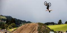 O κορυφαίος ποδηλάτης Sam Pilgrim στο Coremag.gr