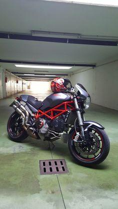 Ducati Monster s4r testastretta '07 Ducati Monster S4r, Ducati Monster Custom, Honda Motorcycles, Vintage Motorcycles, Cars And Motorcycles, Womens Motorcycle Helmets, Motorcycle Girls, Dodge Charger, Motorbikes