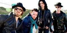 The former Stone Temple Pilots singer current Wildabouts frontman Scott Weilandand lists his top artists at the moment.