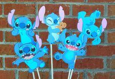 Set of 5 Disney Stitch Themed Centerpiece Picks or Cake Topper Set Disney Birthday, 1st Birthday Parties, Birthday Party Decorations, 2nd Birthday, Party Themes, Birthday Ideas, Party Ideas, Lilo And Stitch Cake, Lilo Y Stitch