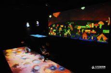 萬物有光藝術展亮相青島Qingdao西海岸 打造潮玩藝術盛宴