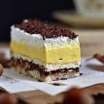 Lešnikov kolač z vanilijevo kremo, nutello in stepeno smetano Sweet Recipes, Cake Recipes, Dessert Recipes, Cake Cookies, Cupcake Cakes, Kolaci I Torte, Torte Cake, Good Food, A Food