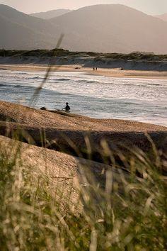 Praia da Joaquina - Florianópolis, Santa Catarina - (by schmidchris)