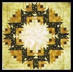 There has been some interest in the Christmas Rose Wreath pattern, so I created a project file for anyone who wants to make it for themselve. Édredons Cabin Log, Log Cabin Quilts, Log Cabins, Star Quilts, Mini Quilts, Quilt Blocks, Quilting Tutorials, Quilting Projects, Table Topper Patterns