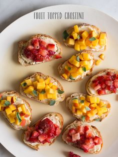 Fruit Topped Crostini by Spoon Fork Bacon Appetizer Recipes, Snack Recipes, Cooking Recipes, Appetizers, Tostadas, Bruschetta, Vegan Finger Foods, Healthy Snacks, Healthy Recipes