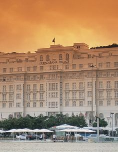 "A Palace at Copacabana - Let's to travel to Rio de Janeiro. The ""Cidade Maravilhosa"" (Wonderful City) would not be the same if it wasn't for Copacabana Palace. Michelin Star, Hotels And Resorts, Best Hotels, Luxury Resorts, Hotel Copacabana, Piscina Do Hotel, Chile, Big Swimming Pools, Bolivia Travel"