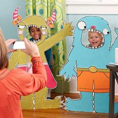 Cardboard monsters as photo booth sets #halloween #kidsparty #photobooth