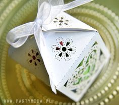 Pomysły na prezent dla gości weselnych - partymika Container, Gift Wrapping, Gifts, Gift Wrapping Paper, Presents, Wrapping Gifts, Favors, Gift Packaging, Gift