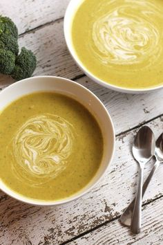 Vegan cream broccoli soup