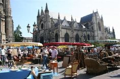 Bordeaux - the thing I miss the most about living in France..the outdoor markets..Heaven...