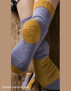 Afterthought heel knitting socks. This looks like a good free pattern to try out an after thought heel.