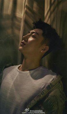 Xu Weizhou, I Do Love You, New Chinese, Asian Celebrities, Stephen Hawking, Korean Men, Asian Boys, Asian Beauty, Idol