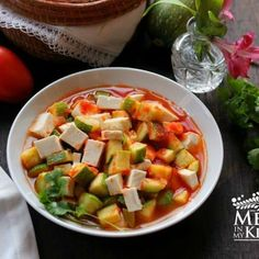 Mexican Squash With Cheese Recipe - Easy & Delicious Side Dish! Spicy Recipes, Cheese Recipes, Mexican Food Recipes, New Recipes, Ethnic Recipes, Vegetarian Mexican, Mexican Vegetables, Veggies, Mexican Squash