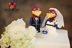 LOVE this! LOVE LOVE LOVE! Kansas Jayhawk cake topper...wish we had done this back in the day!