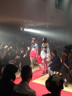 ''YORTSED'' CEREBRATING TOGETHER WITH 99%IS- 2016 S/S RUNWAY SHOW