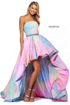 Sherri Hill 53821 is a tie-dye print taffeta high-low bubble skirt ball gown with strapless neckline, corset style lace up back, and beaded belt. Taffeta Dress, Ball Gown Dresses, Evening Dresses, Strapless Dress, Club Dresses, Teen Dresses, Chiffon Dresses, Dressy Dresses, Club Outfits