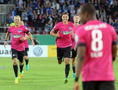 Nervenstark! Hertha BSC gewinnt in der 1. Hauptrunde im @dfb_pokal mit 6:4 nach Elfmeterschießen bei Jahn Regensburg! #hahohe