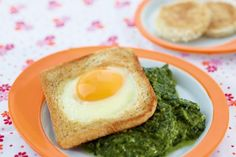 Spinach with egg toast - - Kochen für Kinder - # Recipe For 2 People, Kids Menu, Juice Cleanse, Avocado Toast, Spinach, French Toast, Cooking Recipes, Eggs, Dishes