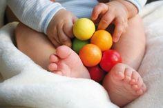 #blog over de ideale baby-outfit: zacht, eco en hip! Bijvoorbeeld met de fijne kleding van de #webshop Bambooz