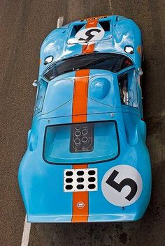 Ford GT the famous Gulf Livery No Ford Gt40, Ford Mustang, Mustang Boss, Classic Race Cars, Ford Classic Cars, Steve Mcqueen, Ferrari, Le Mans 24, Ford Lincoln Mercury